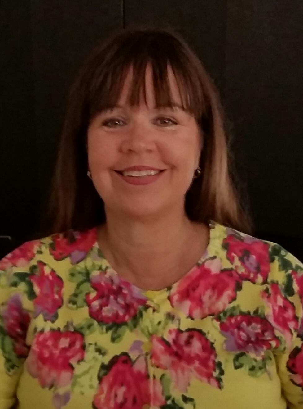 Lynne Carr.jpg  student services