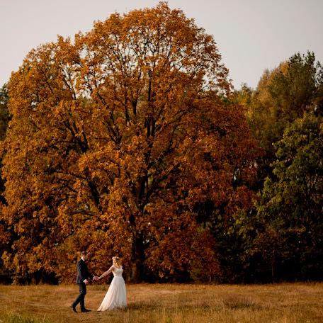 Wedding photographer Wojtek Hnat (wojtekhnat). Photo of 19.02.2018