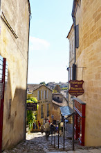 Photo: Saint-Émilion is a very hilly little town