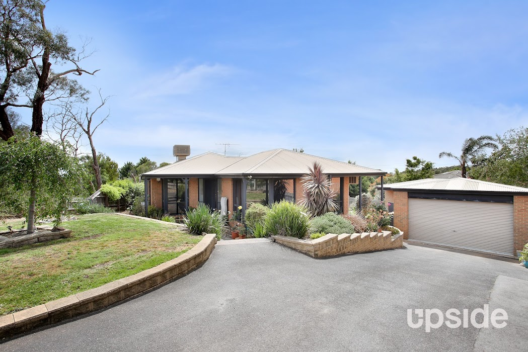 Main photo of property at 14 Mapiti Court, Frankston 3199