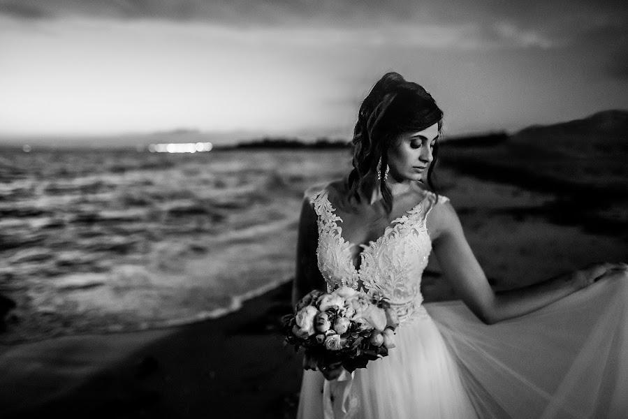 Wedding photographer Antonio Bonifacio (MommStudio). Photo of 15.01.2020