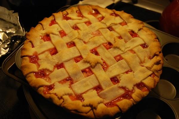 Award Winning Strawberry Rhubarb Pie Recipe