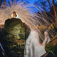 Wedding photographer Roman Karlyak (4Kproduction). Photo of 15.01.2018