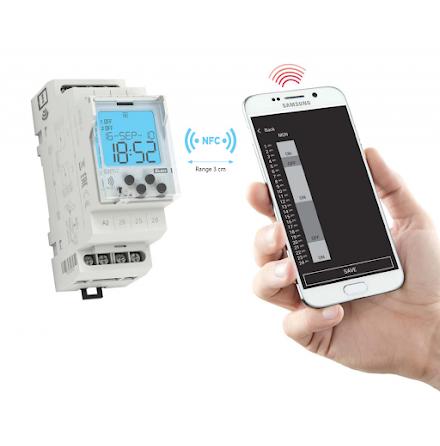 Års-/veckour digitalt,  med NFC, 230 VAC, 2 kanal, 2 moduler