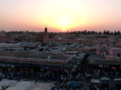 Travel Horror Stories: When Travel Goes Wrong // Sunset over Morocco Photo German Backpacker