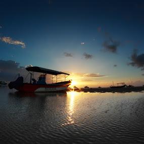 sunny sunshine by Bayu Sanjaya - Transportation Boats