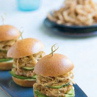 Spicy Ahi Tuna Sliders with Crispy Maui Onions Strings #BurgerWeek
