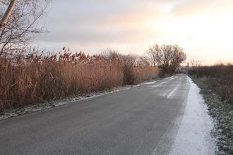Photo: Kráčam cestou z Pezinka do Limbachu. V noci trošku posnežilo