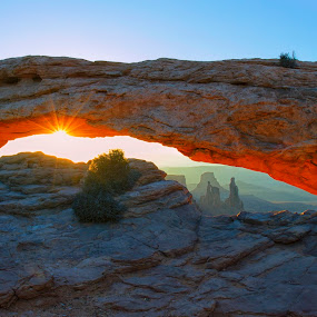 Sunburst by Stephen Berry - Landscapes Caves & Formations ( mesa arch )