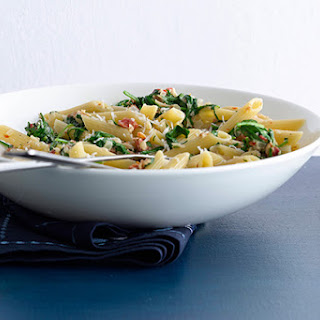 Penne with Sun-Dried Tomatoes and Arugula