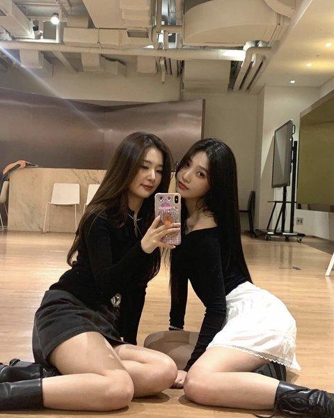 seulgi mirror 3