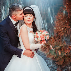 Wedding photographer Valentin Zhukov (Jukov). Photo of 23.01.2016