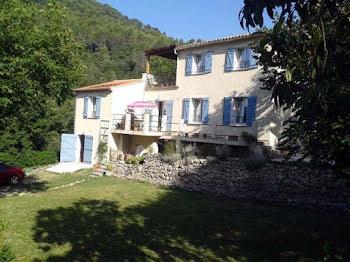 villa à Claviers (83)