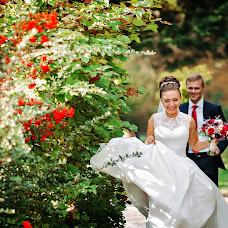 Wedding photographer Oleg Oparanyuk (Oparanyuk). Photo of 06.03.2015