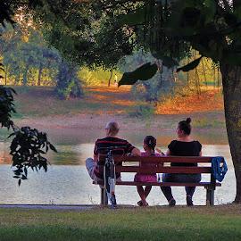 .... ni klima ne može zamijeniti povjetarac na Jarunu, u ovoj  ljetnoj sparini  by Katica Pecigoš-Kljuković - City,  Street & Park  City Parks