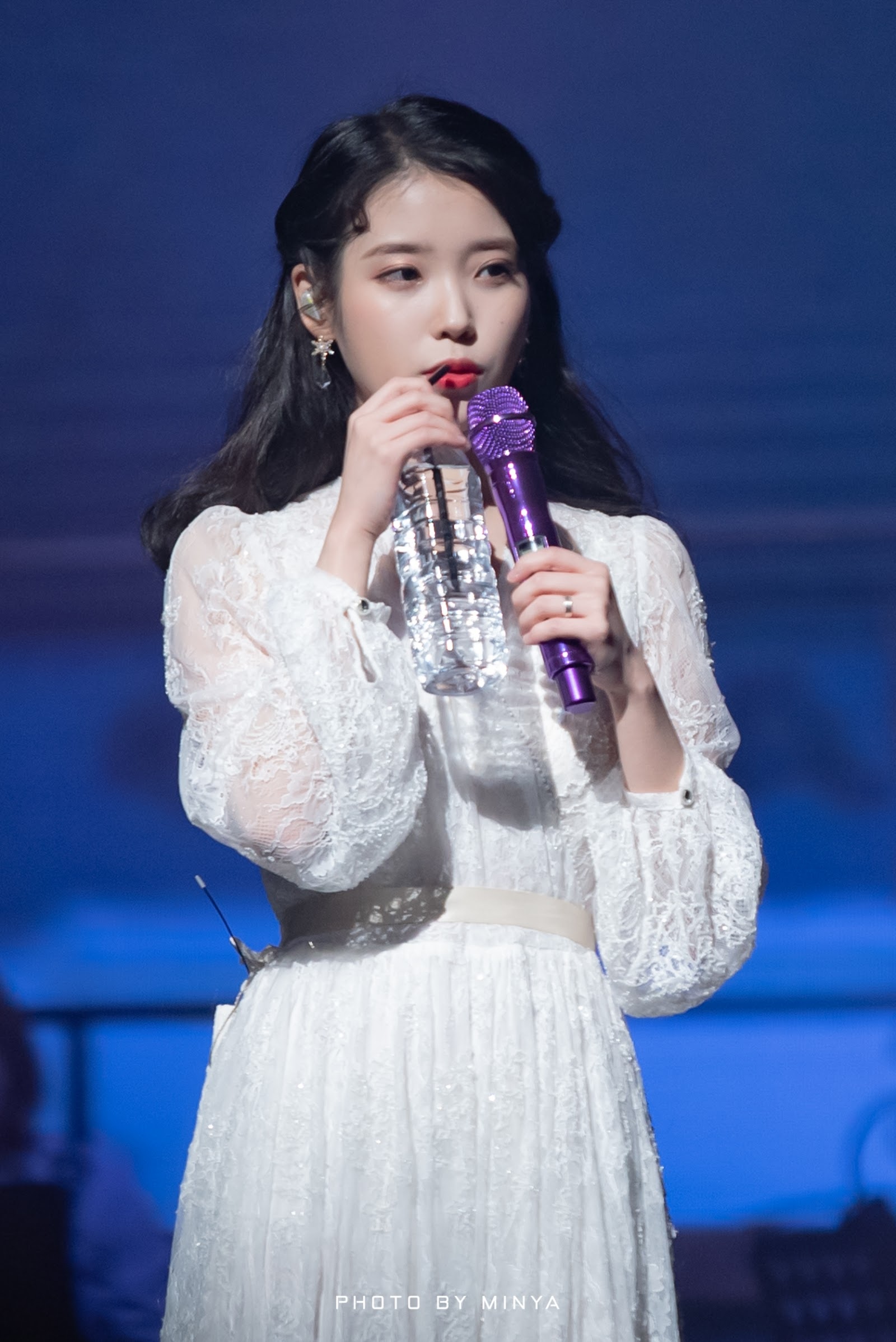 iuwhitegowns_10th anniversary concert 2019 b