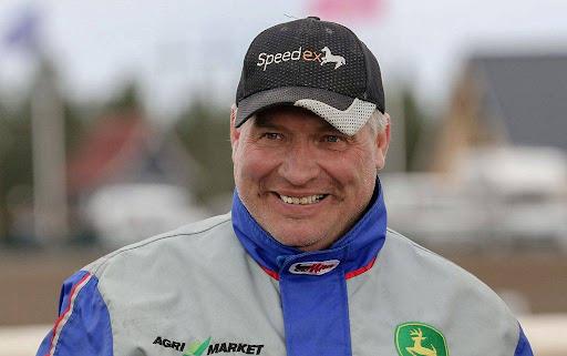 Petri Klemolan tallin hevoset ovat menestyneet viime aikoina vahvasti. Keskiviikkoiltana Klemolan tallista kilpailee kolme hevosta Powerparkin kesäraveissa. Kuva: Anu Leppänen