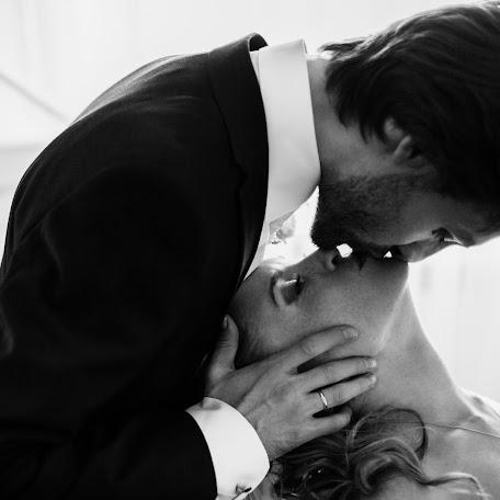 Wedding photographer Oleg Strizhov (strizhov). Photo of 02.02.2016