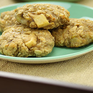 Banana, Apple & Oat Cookies