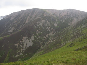 Photo: From there, one can reach the summit of Grasmoor, then descend ...