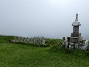 供養塔と石仏