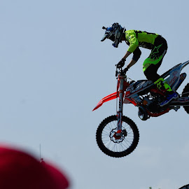 motorbike ·     stuntman ·     show · by Pavel Vrba - Sports & Fitness Motorsports