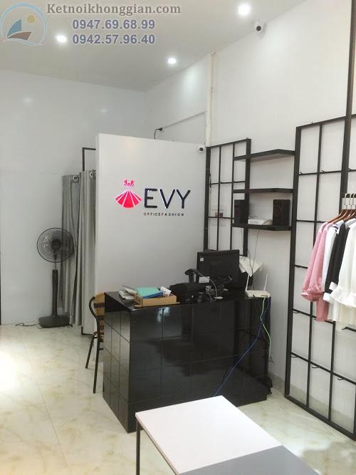 thi công shop thời trang, thiết kế cửa hàng thời trang công sở