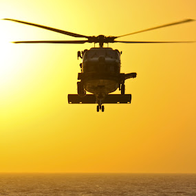 Venom 513 by Jake Barrows - Transportation Other ( helo, refuel, fight, ship, navy )