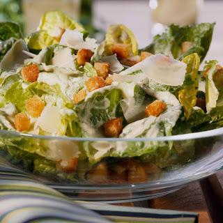 Bunter Salat nach Caesar's Art
