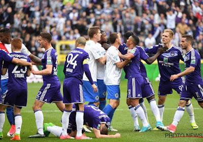 Nenad Jestrovic neemt het op voor Anderlecht-aanvaller