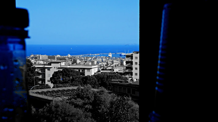 Il mare attraverso la finestra di Elisabetta Di Franco