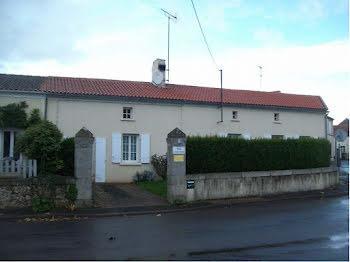 maison à Saint-Maurice-la-Fougereuse (79)