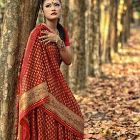 hmmmmmm.... by Monica Anantyowati - People Portraits of Women