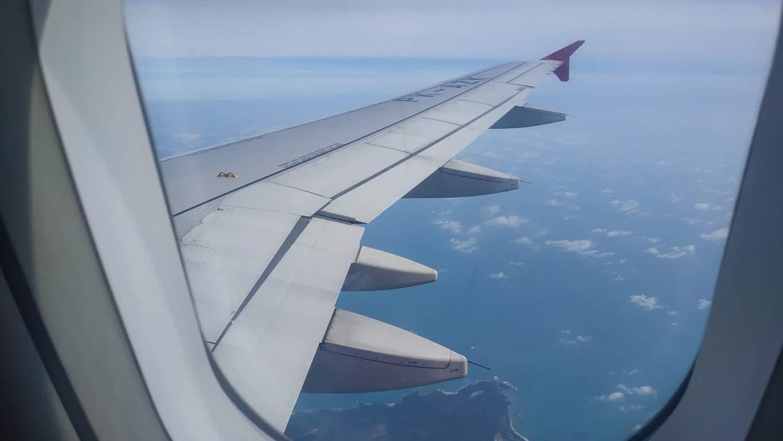 naik pesawat terbang