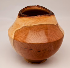"Photo: MICHAEL COLELLA – 7"" x 7"" Natural-Edge Hollow Vessel – [White Cedar]"