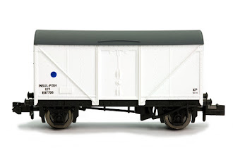 Photo: 2F-019-002 Fish Van