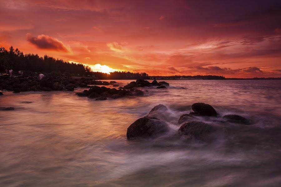 After the rain. by Wen Sayshello - Landscapes Sunsets & Sunrises ( water, sunset, beauty, landscape, singapore )
