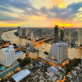 by Chatchai Lakamankong - City,  Street & Park  Vistas