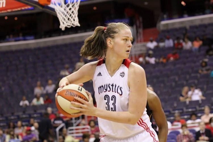 """Ploegmaat van Emma Meesseman moet dan toch spelen voor de Washington Mystics in de WNBA: """"nu moet ik mijn leven riskeren of mijn loon opgeven"""""""