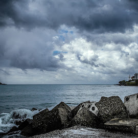 the game can be addictive by Pasquale Bimonte - Landscapes Beaches