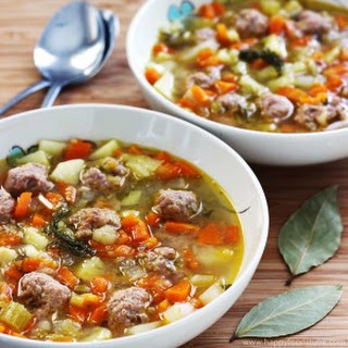 Estonian Meatball Soup – Frikadelli Supp