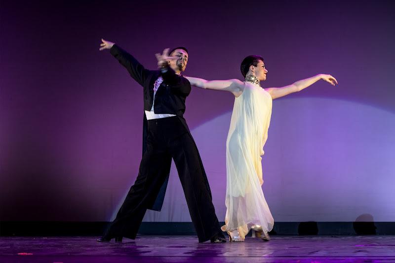 Danzando nel viola di NinoZx21