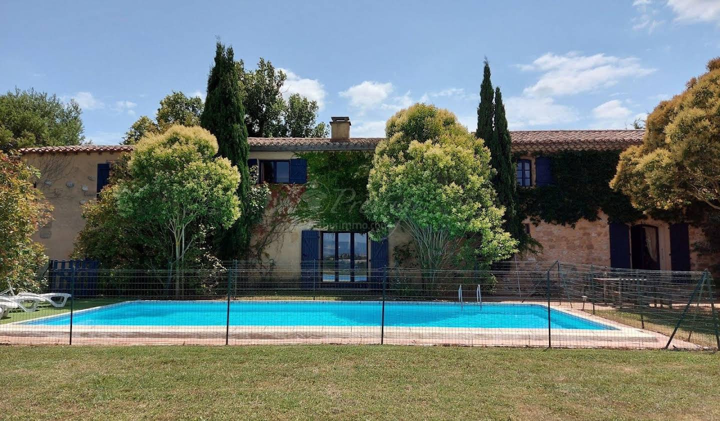 Property with pool Carcassonne