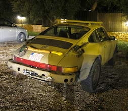 Photo: A highly modified Porsche, suitable for PGing- roof rack, winch, folding shovels, axe and room for 4.
