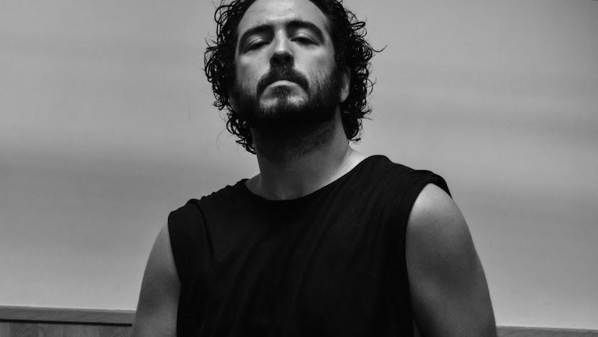 Julio vuelve al Maestro Padilla 20 años después de su primera actuación allí y con su propuesta más personal (Foto: Rogelio Cano).