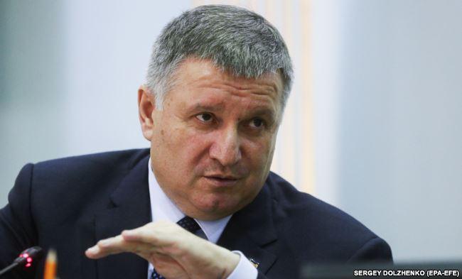 Питання щодо збереження своєї посади у разі президентства Тимошенко Армен Аваков вважає таким, що виходить за межі компетенції президента