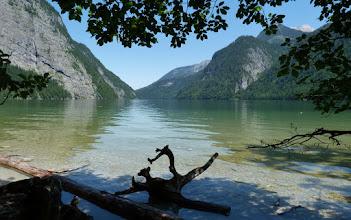 Photo: Glasklar und smaragdgrün ist das Wasser des Königssees. 1