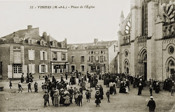 Photo: La place de l'Eglise un dimanche ... ?