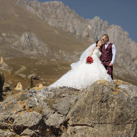 Wedding photographer Kirill Chekhodarov (Chekhodarov). Photo of 19.10.2017