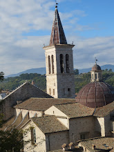 Photo: Hiking up the hill in Spoleto